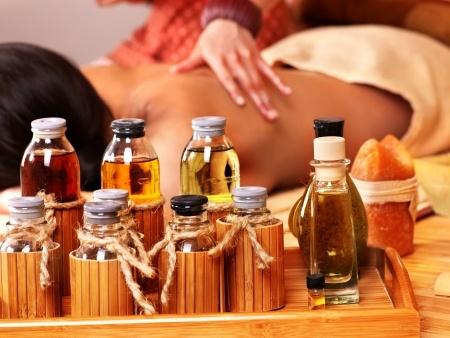 Aromaterapia y masaje corporal
