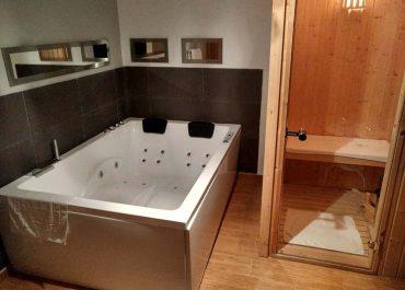 Silver spa chinch nspa for Jacuzzi interior precios